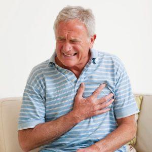 Milyen kockázatokkal jár a magas vérnyomásban szenvedők számára